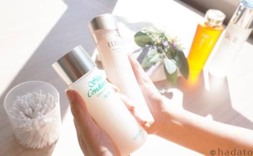 美白化粧品でのスキンケアをするイメージ
