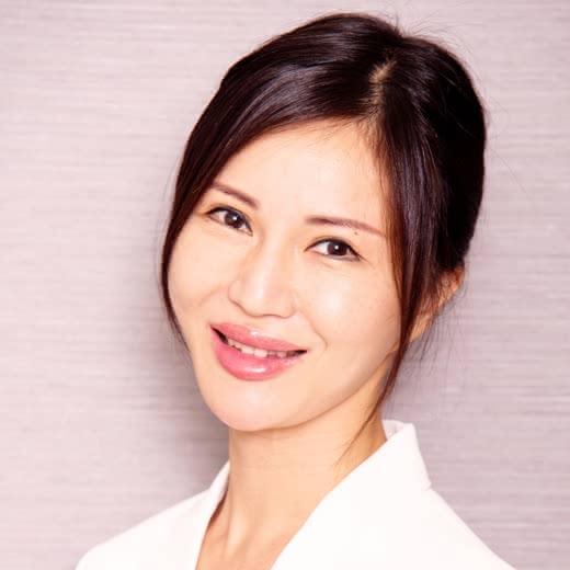 美容皮膚科医の鈴木稚子先生